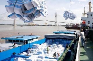 Thủ tướng chỉ đạo tháo gỡ khó khăn cho xuất khẩu gạo