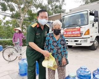 Hội Cựu chiến binh TP. Hồ Chí Minh hỗ trợ Bến Tre ứng phó hạn mặn