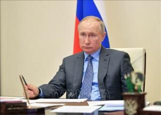Nga tạo điều kiện cho người nước ngoài làm việc trong mùa dịch COVID-19