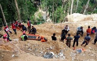 Sập mỏ khai thác vàng ở Indonesia, 9 người thiệt mạng