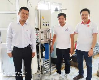 Hiệp hội cửa Việt Nam trao tặng 4 máy lọc nước cho các huyện