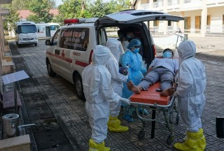Hai bệnh nhân đã điều trị khỏi COVID-19 tại TP Hồ Chí Minh dương tính trở lại
