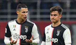 """Ronaldo bị cáo buộc rò rỉ tin đồng đội nhiễm bệnh để """"trốn"""" về Italia"""