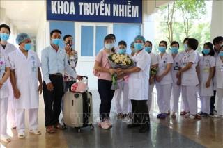 Bệnh nhân COVID-19 cuối cùng điều trị tại Bệnh viện Đa khoa tỉnh Ninh Bình được công bố khỏi bệnh