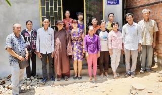 Trao nhà tình thương tại xã An Đức, huyện Ba Tri