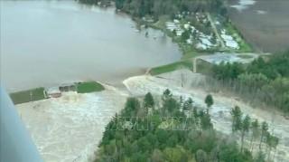 Bang Michigan (Mỹ) ban bố tình trạng khẩn cấp do vỡ đập