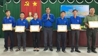 Huyện Đoàn Ba Tri sơ kết giữa nhiệm kỳ thực hiện Nghị quyết Đại hội