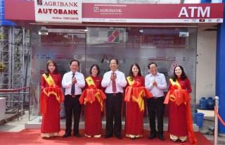 Agribank Bến Tre khai trương hệ thống ngân hàng tự động