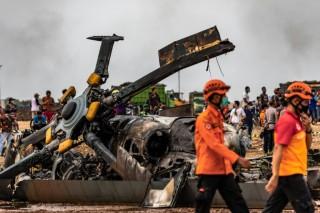 Rơi máy bay quân sự ở Indonesia làm 4 người thiệt mạng