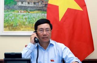 Phó Thủ tướng Phạm Bình Minh điện đàm với Bộ trưởng Ngoại giao Ai Cập