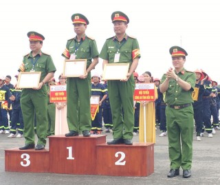 Bến Tre đạt giải nhì cuộc thi phòng cháy chữa cháy khu vực VII