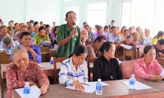 Đối thoại với hộ nghèo, cận nghèo xã An Thạnh