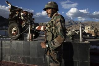 """Trung-Ấn """"đối mặt dữ dội"""" ở Himalaya: 3 lính Ấn Độ thiệt mạng"""