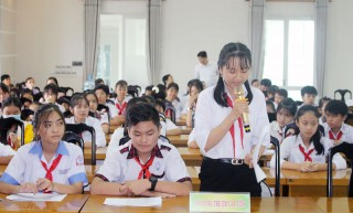 HĐND tỉnh tiếp xúc, đối thoại với Hội đồng Trẻ em tỉnh