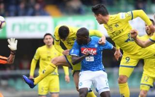 Napoli vẫn mơ về vị trí trong top 4
