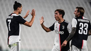 Ronaldo, Dybala, Higuain cùng ghi bàn, Juventus đại thắng