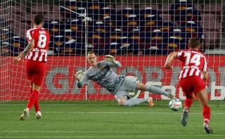 Barca 2-2 Atletico: Kịch bản khó tin