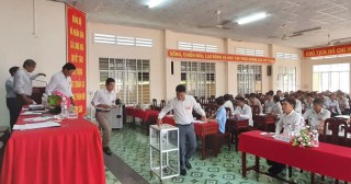 Đại hội thường niên Hợp tác xã nông nghiệp Long Hòa