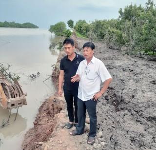 Đê bao xã Tam Hiệp, huyện Bình Đại tiếp tục bị sạt lở