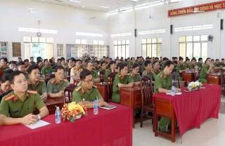 Công an tỉnh khai giảng lớp bồi dưỡng nghiệp vụ