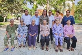 6 mẹ Việt Nam anh hùng dự họp mặt toàn quốc tại Hà Nội