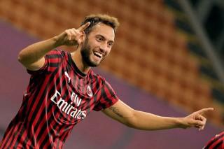 Ibrahimovic tịt ngòi, Milan chia điểm Atalanta