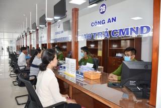 Sau 1 tuần thay đổi địa điểm tiếp nhận thủ tục cấp giấy chứng minh nhân dân