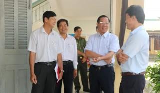 Bí thư Tỉnh ủy kiểm tra công tác chuẩn bị cho kỳ thi tốt nghiệp THPT