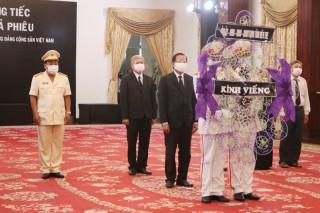 Lãnh đạo tỉnh viếng lễ tang nguyên Tổng Bí thư Lê Khả Phiêu