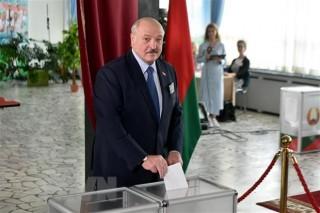 Tổng thống Belarus tuyên bố tổ chức bầu cử sau khi thông qua Hiến pháp