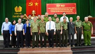 Họp mặt kỷ niệm 75 năm Ngày truyền thống Công an nhân dân Việt Nam