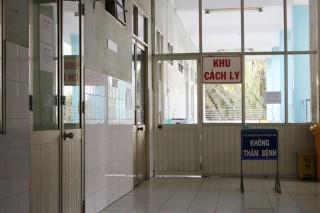 Bộ Y tế yêu cầu dừng việc thăm hỏi bệnh nhân để phòng dịch Covid-19