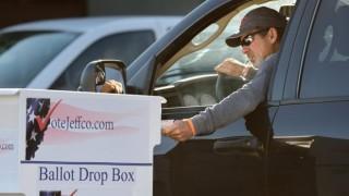 Bầu cử Mỹ 2020: Cuộc chiến về bỏ phiếu qua bưu điện lại nóng lên
