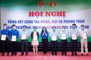 20 cá nhân, tập thể nhận khen thưởng về công tác Đoàn, Đội
