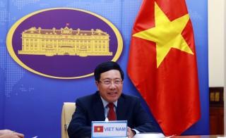 Phó Thủ tướng Phạm Bình Minh hội đàm trực tuyến với Phó Thủ tướng Thái Lan