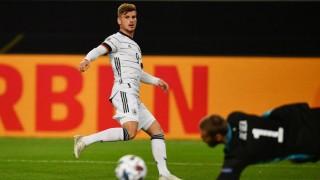 Werner ghi bàn, Đức đánh rơi chiến thắng ở phút bù giờ