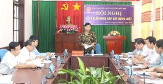 Đoàn đại biểu Quốc hội tỉnh lấy ý kiến đóng góp xây dựng luật
