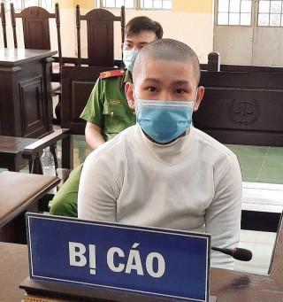 Tàng trữ ma túy bị phạt 1 năm tù