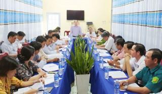 Huyện ủy Bình Đại là việc với xã Định Trung
