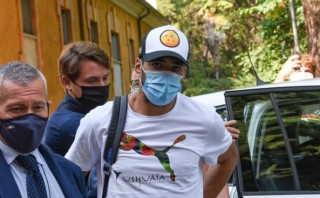 Tin bóng đá ngày 22-9-2020: Suarez gian lận để có quốc tịch Italia?
