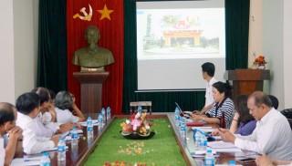 Tập trung tuyên truyền cổ động trực quan chào mừng Đại hội XI Đảng bộ tỉnh