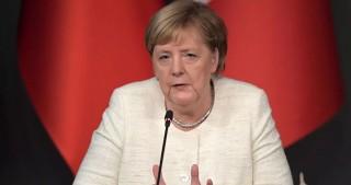 Thủ tướng Đức bí mật thăm lãnh đạo đối lập Nga nghi bị đầu độc