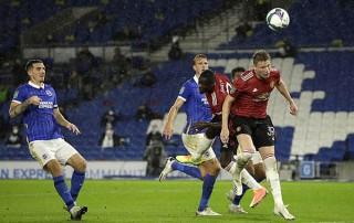 Mata tỏa sáng, Pogba ghi bàn đưa M.U vào tứ kết cúp Liên đoàn