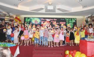 Tổ chức vui chơi Trung thu cho các em thiếu nhi