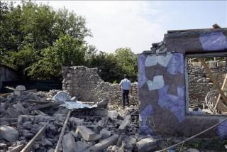 Armenia sẵn sàng đàm phán ngừng bắn với Azerbaijan