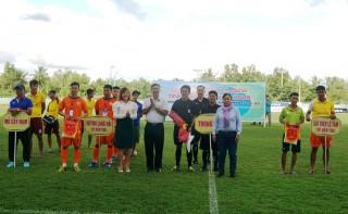 Từ ngày 3 đến 24-10-2020 diễn ra Giải bóng đá vô địch tỉnh Bến Tre năm 2020