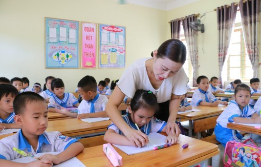 Bộ Giáo dục và Đào tạo yêu cầu không giao thêm bài tập về nhà cho học sinh lớp 1