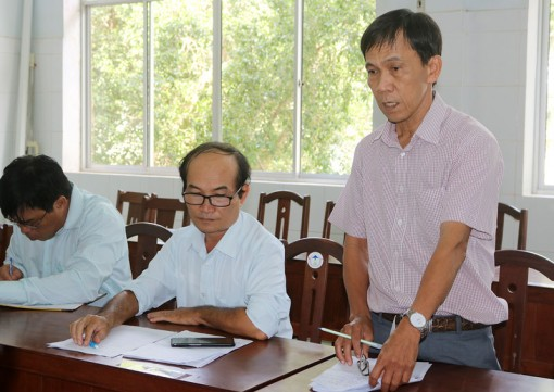 Kiểm tra công tác tiêm chủng mở rộng và phòng chống dịch sốt xuất huyết tại Thạnh Phú