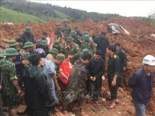 Sạt lở đất làm vùi lấp 22 cán bộ, chiến sĩ tại Quảng Trị