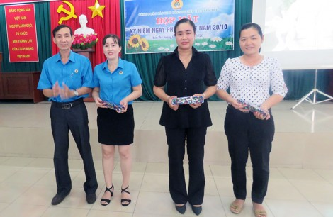 Công đoàn các Khu công nghiệp họp mặt Ngày Phụ nữ Việt Nam